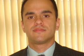 Prof. Rodrigo Curvello